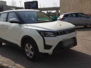 2020 महिंद्रा एक्सयूवी300 W6 BSIV