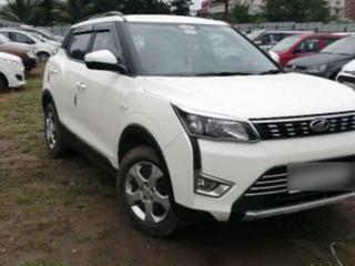 Mahindra XUV300 W6 BSIV