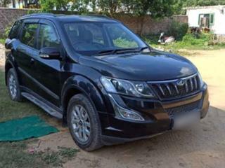 Mahindra XUV500 W10 1.99 mHawk