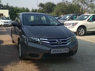 2013 Honda City V AT