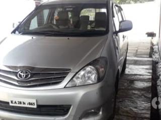 2011 ಟೊಯೋಟಾ ಇನೋವಾ 2.5 ವಿಎಕ್ಸ್ 8 STR
