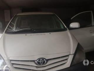 2011 Toyota Innova 2.5 G (Diesel) 7 Seater BS IV