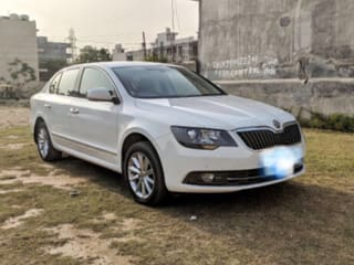 2014 Skoda Superb Elegance 1.8 TSI AT