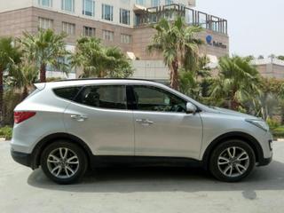 2015 Hyundai Santa Fe 2WD MT