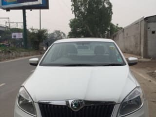 Used White Skoda Rapid Cars In New Delhi 8 Second Hand Cars For