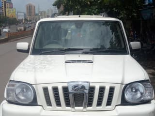 2010 Mahindra Scorpio VLX 4WD Air bag BS-IV