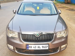 2013 Skoda Superb Elegance 1.8 TSI AT