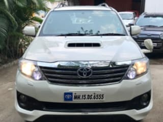2013 Toyota Fortuner 2.5 4x2 AT TRD Sportivo