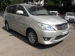 2013 Toyota Innova 2.5 VX (Diesel) 8 Seater