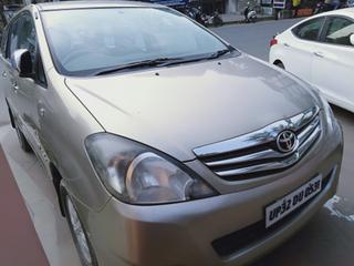 2011 Toyota Innova 2.5 V Diesel 7-seater