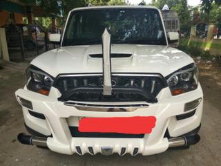 2017 Mahindra Scorpio S10 4WD