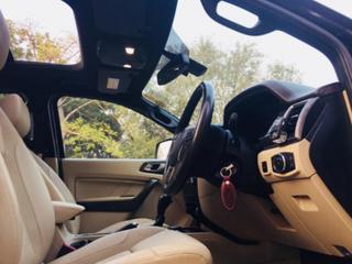 2016 Ford Endeavour 3.2 Titanium AT 4X4