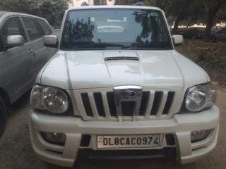 2013 Mahindra Scorpio SLE BS IV