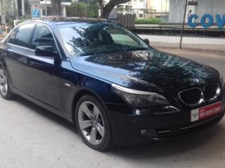 2009 BMW 5 Series 530i Sedan