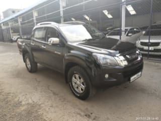 used isuzu d-max v-cross in india - 8 second hand cars for sale