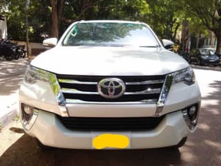 2017 Toyota Fortuner 4x2 AT