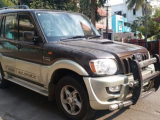 2010 Mahindra Scorpio VLX AT 4WD BS-IV