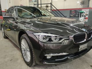 2017 BMW 3 Series 320d Luxury Line