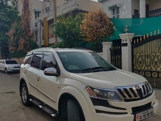 Used White Mahindra XUV500 Cars in Nagpur - 4 Second Hand Cars for