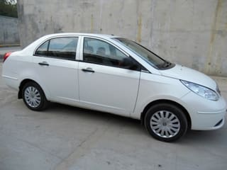 Second Hand Cars >> Used Cars In Ahmedabad 1303 Second Hand Cars For Sale With Offers