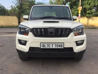 Used Mahindra Scorpio in Delhi - 100 Second Hand Cars for