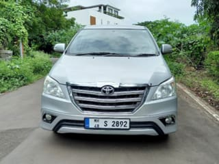 2014 Toyota Innova 2.5 V Diesel 8-seater