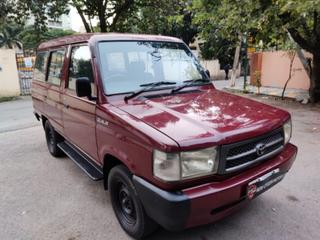 2000 Toyota Qualis FS B2