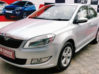 2016 Skoda Rapid 1.5 TDI AT Ambition With Alloy Wheel