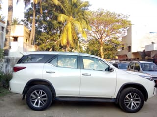 2018 Toyota Fortuner 2.8 4WD AT