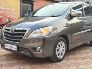 2013 ಟೊಯೋಟಾ ಇನೋವಾ 2.5 ಜಿ (ಡೀಸಲ್) 7 Seater BS IV