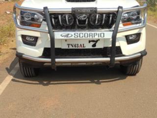 2015 మహీంద్రా స్కార్పియో S10 8  సీటర్