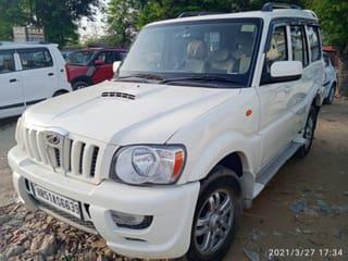 2012 महिंद्रा स्कॉर्पियो VLX 2WD 7S BSIV