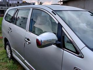 2013 ಟೊಯೋಟಾ ಇನೋವಾ 2.5 ಜಿ (ಡೀಸಲ್) 8  ಆಸನ