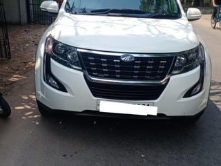 2019 Mahindra XUV500 W9