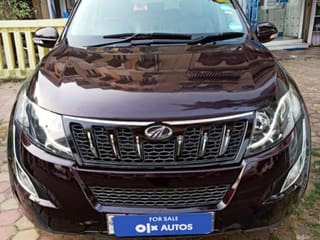 2017 Mahindra XUV500 AT W8 FWD
