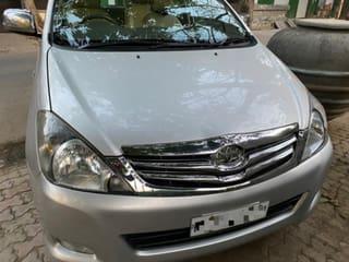 2010 ಟೊಯೋಟಾ ಇನೋವಾ 2.5 ಸಿವಿಕ್ ವಿ ಡೀಸಲ್ 7-seater