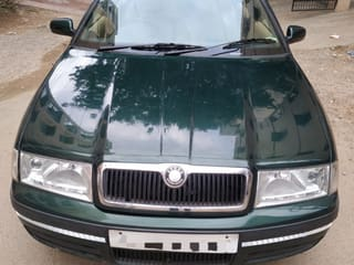 2003 സ്കോഡ ഒക്റ്റാവിയ L ഒപ്പം K 1.9 TDI (MT)