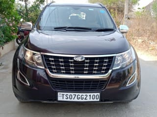 2018 Mahindra XUV500 W7 BSIV