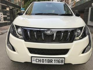 2018 Mahindra XUV500 R W10 FWD