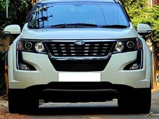 2018 Mahindra XUV500 W9 AT BSIV