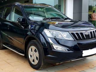 Mahindra XUV500 W6 2WD