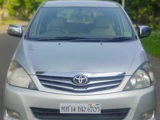 Toyota Innova 2.5 V Diesel 7-seater