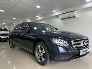 Mercedes-Benz E-Class Exclusive E 220d