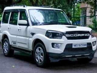 Mahindra Scorpio S7