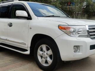 Toyota Land Cruiser VX Standard