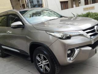 Toyota Fortuner 2.8 2WD MT
