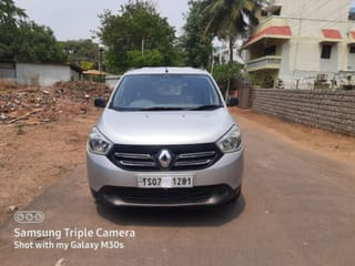 Renault Lodgy 85PS RxE 7 Seater