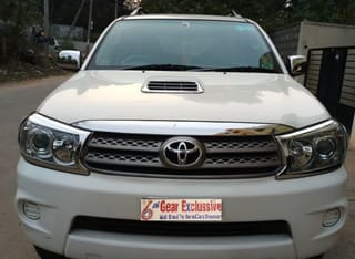 2011 Toyota Fortuner 2.8 4WD MT