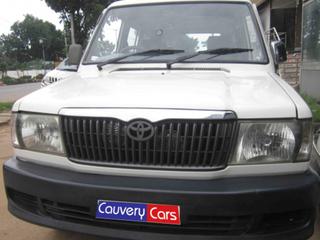 2004 Toyota Qualis GS C7
