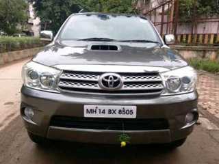 2010 Toyota Fortuner 2.8 4WD MT
